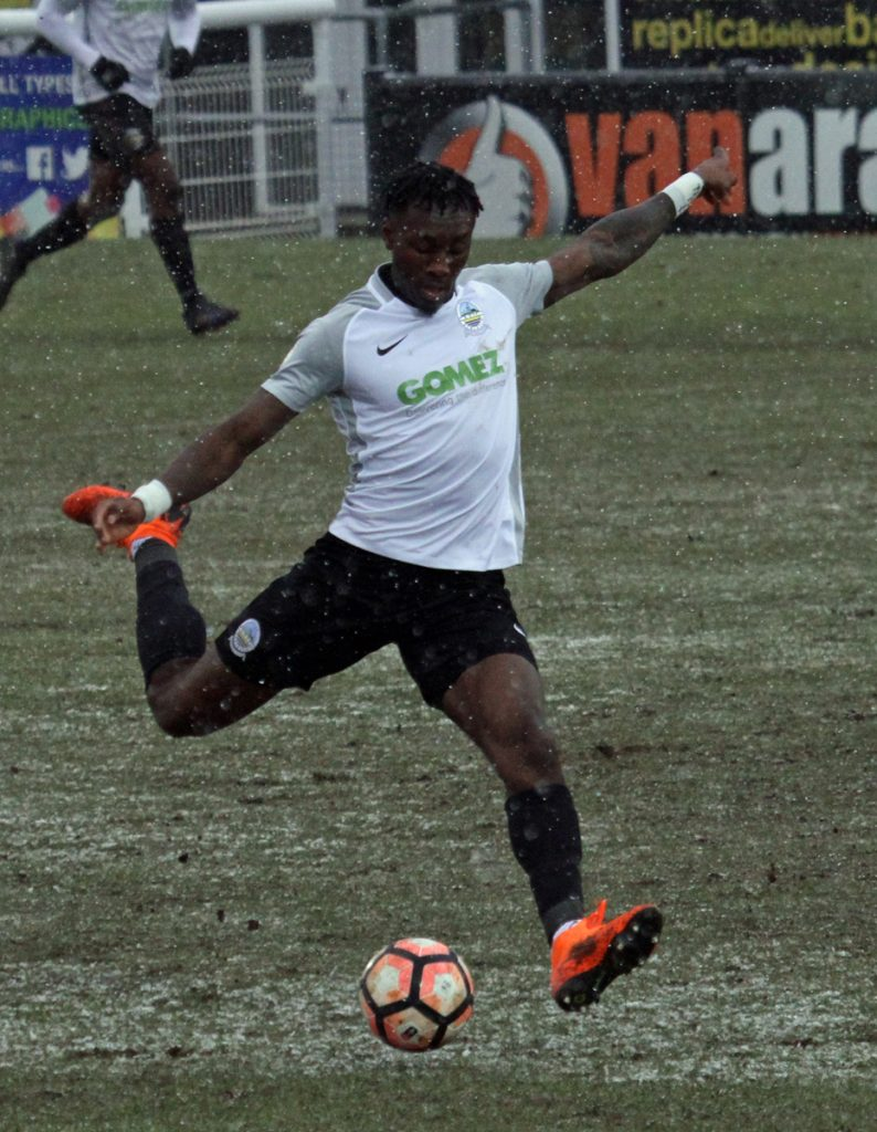 AZEEZ STAYING AT CRABBLE