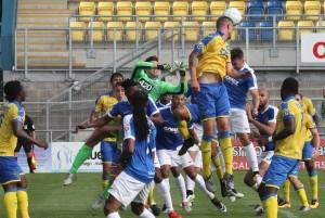2016-08-27 TorquayA 29 goalmouth