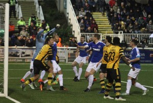 2017-01-01 MaidstoneA 21 goalmouth