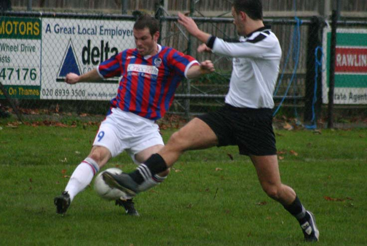 MOLESEY 2 DOVER 1