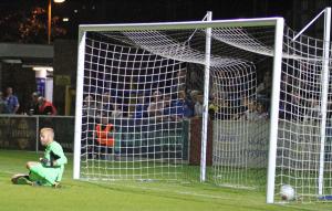 2018-08-14 HavantWaterloovilleH 32 penalty