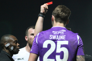 2018-12-26 MaidstoneH 39 redcard