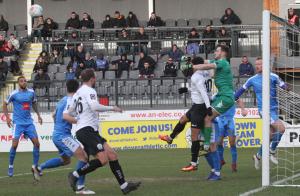 2019-02-09 HarrogateH 08 goalmouth