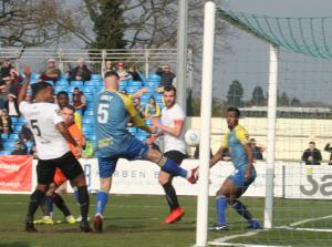 2019-03-30 SolihullMoorsA 27 goal