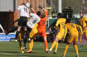 2019-11-10 SouthendH (FAC1P) 044 goalmouth