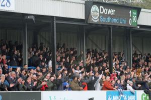 2019-11-10 SouthendH (FAC1P) 092 crowd
