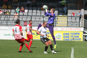 2021-07-24 FolkestoneH 10 keeper