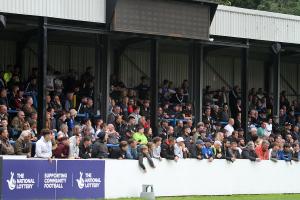 2021-08-30 BorehamwoodH 35 crowd