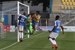 2016-08-27 TorquayA 26 goalmouth