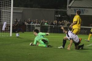 2016-10-04 SuttonH 01 Miller goal