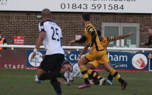 2016-12-26 MaidstoneH 05 penalty