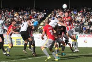 2017-09-30 SolihullMoorsH 22 goalmouth