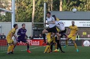 2017-10-14 BromleyH (FAC) 46 goalmouth