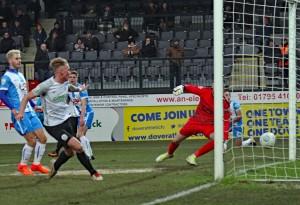 2017-12-09 HartlepoolH 20 Pinnock goal